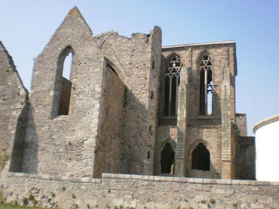 Brest, Frankrijk: Abbaye Saint-Mathieu de Fine-Terre  A la Pointe de Saint-Mathieu (Finistère), on peut admirer