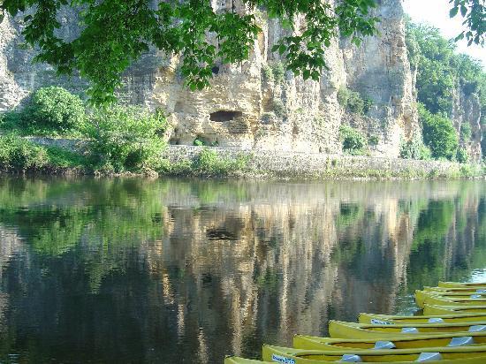 Canoes Loisirs: La Base de Départ