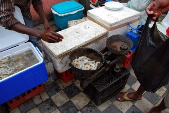Xai-Xai, Mozambique: Buying some prawns at the market in Xai Xai