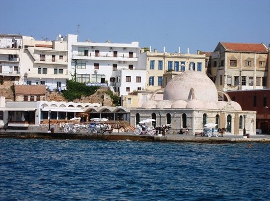 Café restaurants in Chania