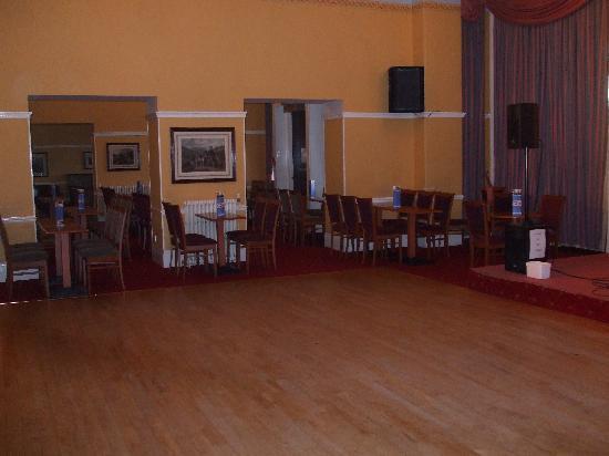 The Glenburn Hotel Ltd: dance floor