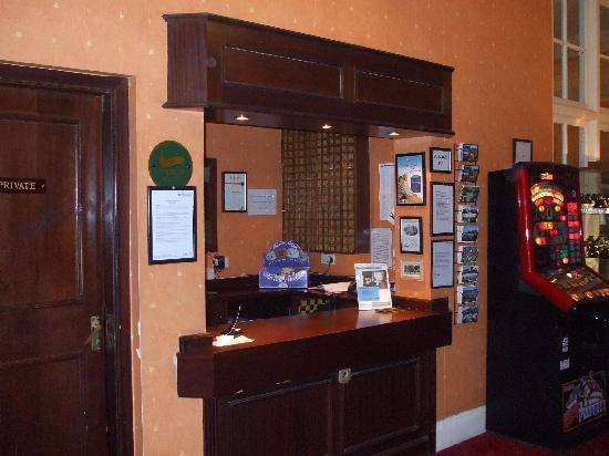 The Glenburn Hotel Ltd: reception area