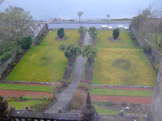 The Glenburn Hotel Ltd: view from our room of steps up to the hotel