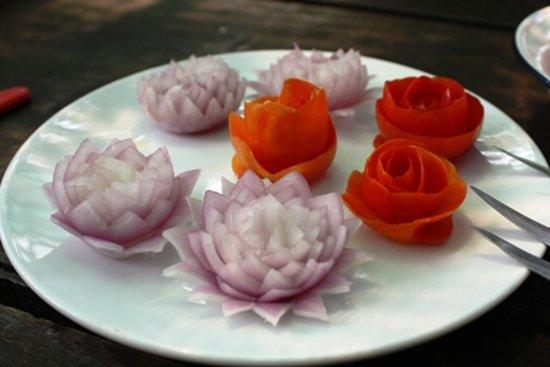Gap's School of Thai Culinary Art: food carving