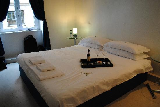 WRH Trastevere: Bedroom