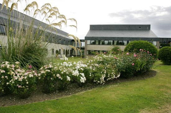 Britannia Waterside Hotel: Our relaxing gardens