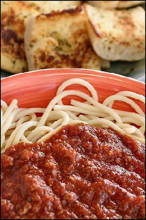 Sweet Taste of Italy: Spaghetti even the kids will love the sauce