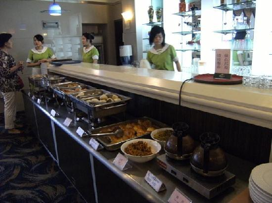 Hedong Hotel : Breakfast