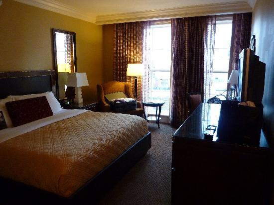 Omni Royal Crescent Hotel: Omni Crescent - 704