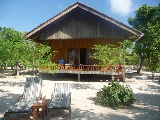 Pom Pom Island Resort & Spa: notre chambre villa depuis la plage