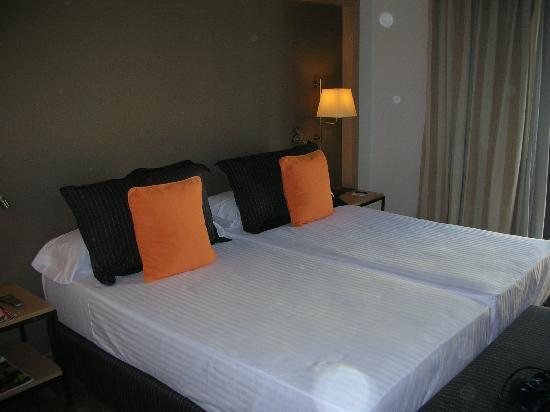 Hotel Jazz: hotel room
