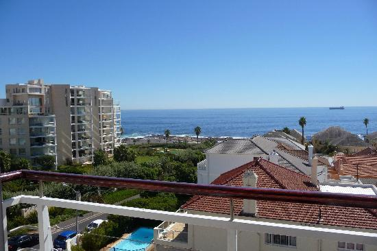 Bantry Bay Suite Hotel : View from balcony