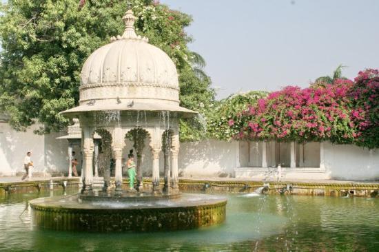 Day 51 Udaipur 181 Saheliyon-Ki-Bari Gardens