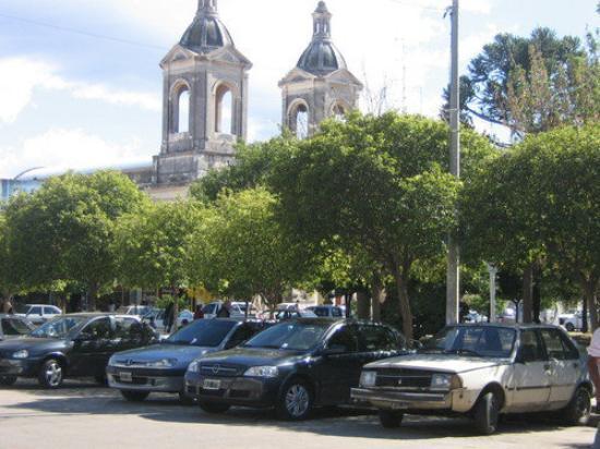 Plaza ppal. Villa Dolores. córdoba 2008 ARG.