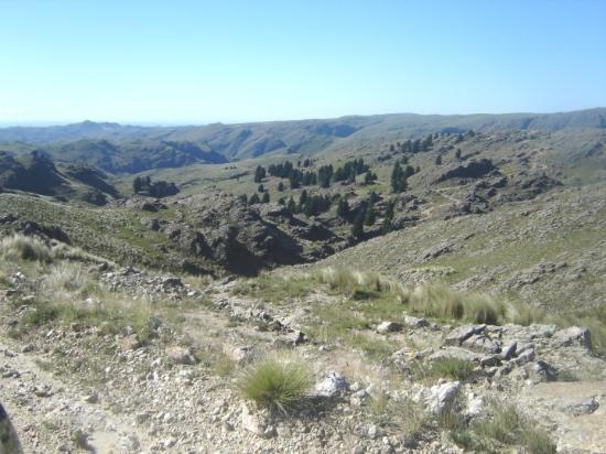 Merlo, Argentina: Los vehículos de doble tracción son el medio ideal para visitar sitios de difícil acceso ó circu