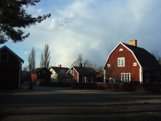 10.04.24 Gamla Linköping. ¡Un Barn!