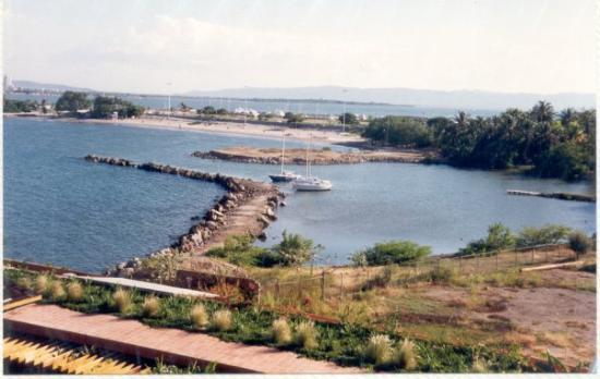 Punta Palma Hotel & Marina: Platja del Cangrejo la marina des de l'hotel Punta Palma, Puerto La Cruz, Venezuela, 11-1994