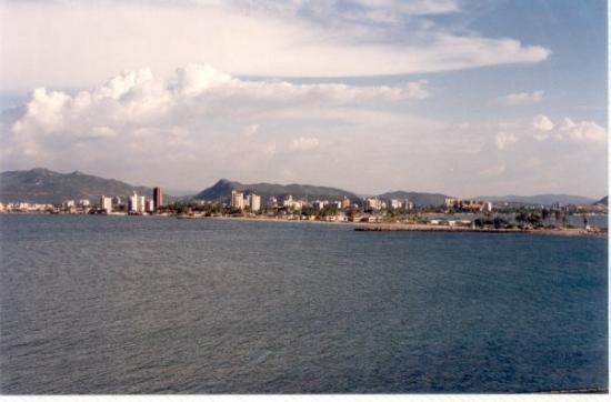 Puerto La Cruz, Venezuela, 11-1994