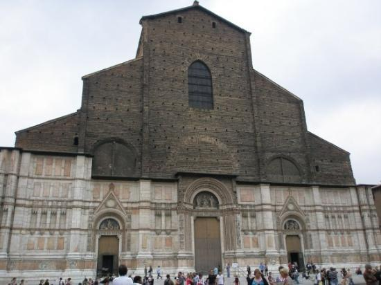 https://media-cdn.tripadvisor.com/media/photo-s/01/80/af/55/chiesa-di-san-giacomo.jpg