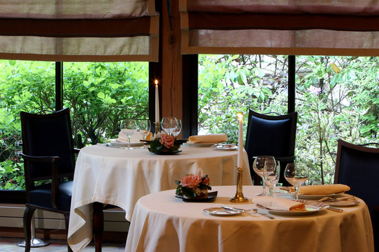Saulieu, Francja: Restaurant Grand Chef Relais & Châteaux - 3 étoiles Michelin