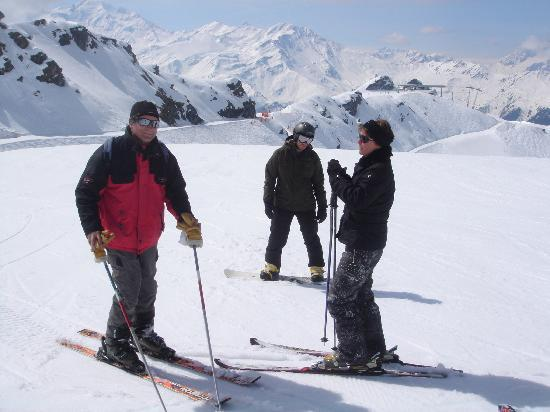 La Bergerie - Chambres d'hotes : @ Verbier with Claude and his son
