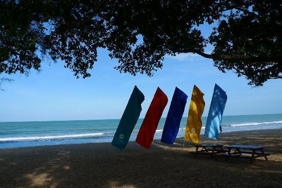 Bandar Penawar, Malaysia: Resort beach