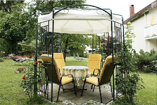 Hotel Am Rehberg: Garten