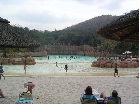 The Palace of the Lost City : Beach