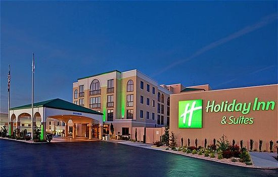 Holiday Inn Hotel & Suites Springfield - I-44: Holiday Inn Hotel and Suites Exterior