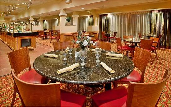 Holiday Inn Hotel & Suites Springfield - I-44: Holiday Inn Hotel and Suites Restaurant