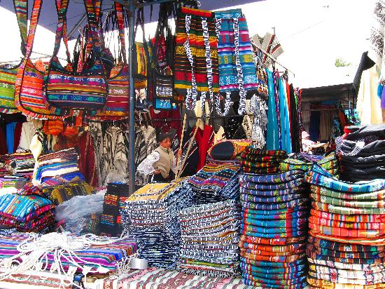 Otavalo, Ecuador: Textiles!