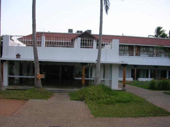 Kalapet, India: Front view