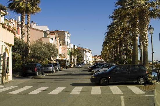 Riva Ligure, Włochy: Main street