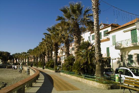 Riva Ligure, Włochy: Passegiata