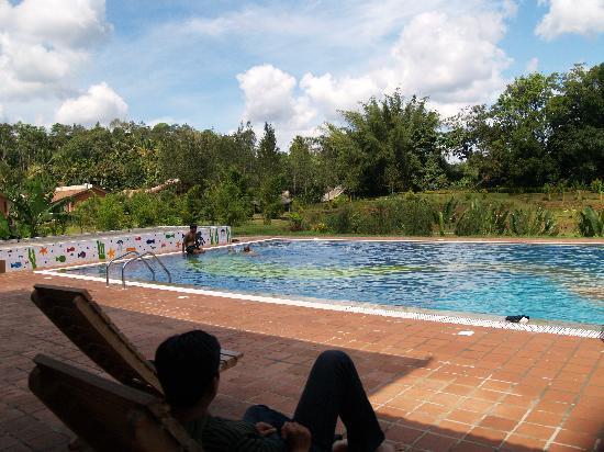 Ammathi, India: the swimming pool