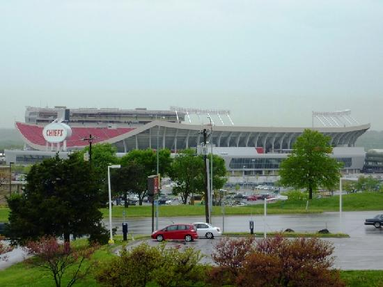 Four Points by Sheraton Kansas City - Sports Complex: View from balcony of Arrowhead Stadium