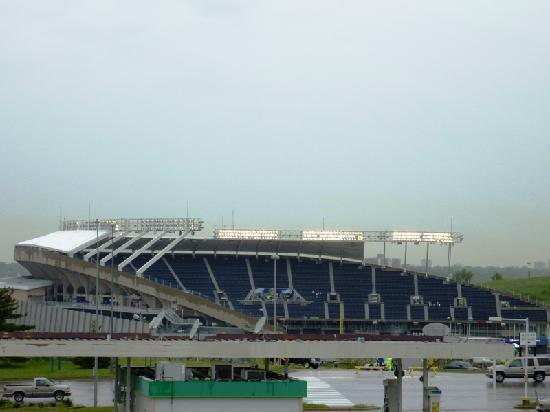 Four Points by Sheraton Kansas City - Sports Complex: View from balcony of Kauffman Stadium