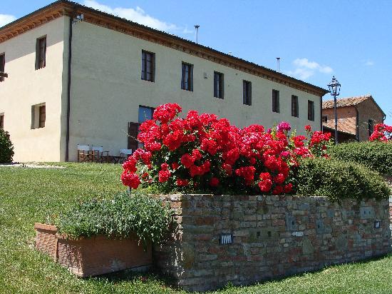 Agriturismo Il Belvedere: Ansicht des Haupthauses