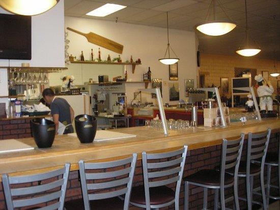 San Vito Italian Restaurant & Pizzeria: Counter Seating