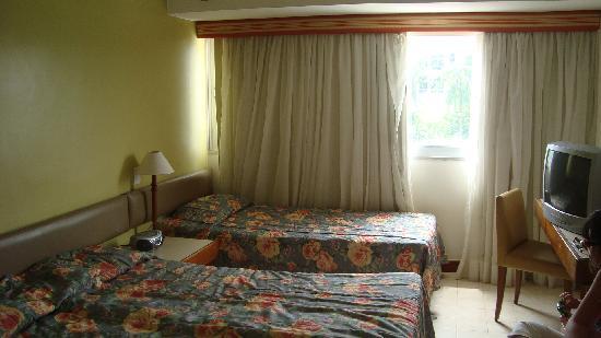 Portobello Ondina Praia Hotel: hotel room