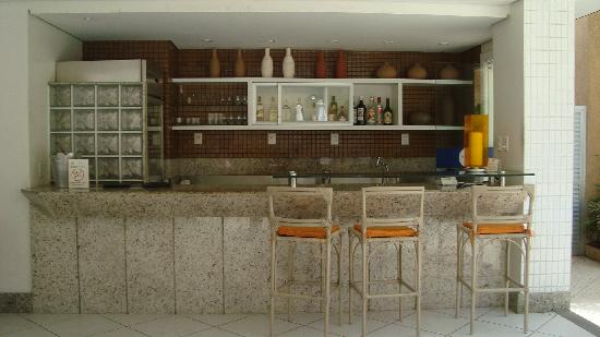 Portobello Ondina Praia Hotel: the hotel bar, where you can drink your caipirinha...
