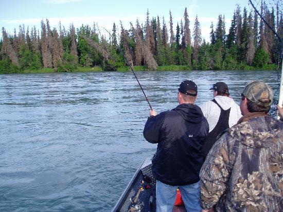 Alaska Fishing & Lodging: Fish On