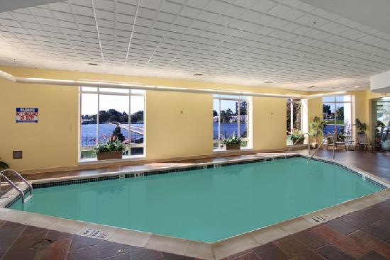 Hilton Philadelphia City Avenue: Indoor Swimming Pool
