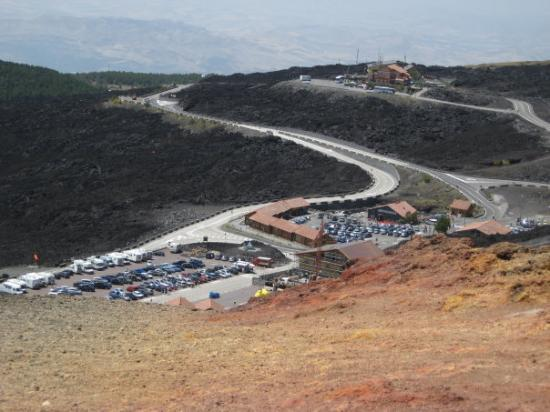 Zafferana Etnea, Italia: Priveliste Vulcanul Etna