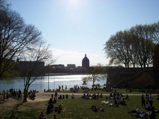 Toulouse Picture