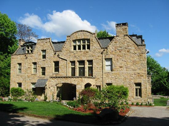 The Mansion at Maple Heights: The Mansion, front view