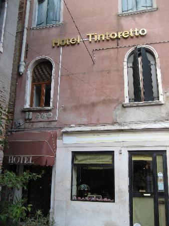 Hotel Tintoretto: Front view