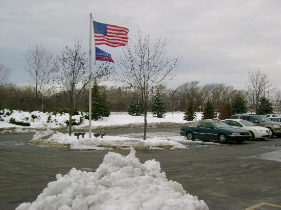 Candlewood Suites Chicago Libertyville: Outside Hotel