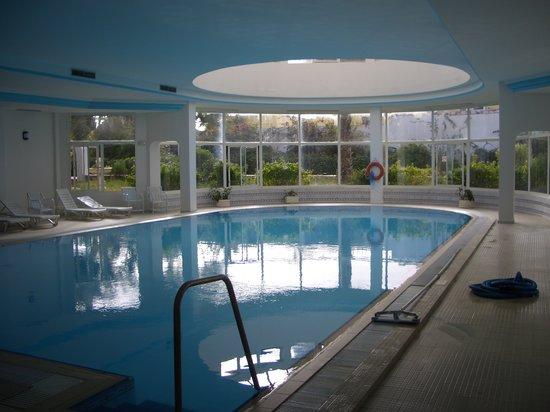 El Mouradi Skanes: Indoor pool