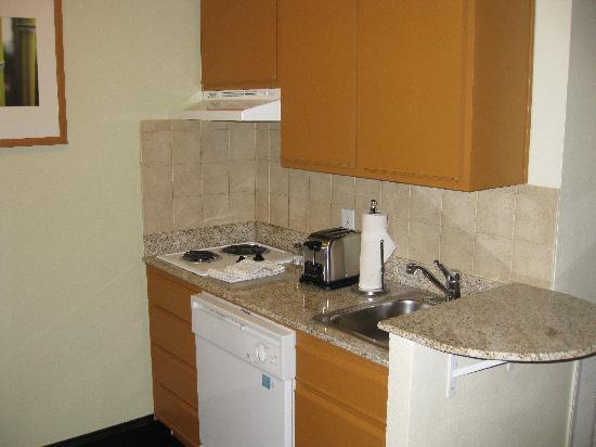 HYATT house Austin / Arboretum: Kitchen